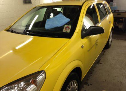 simoniseren voor en na Opel Astra