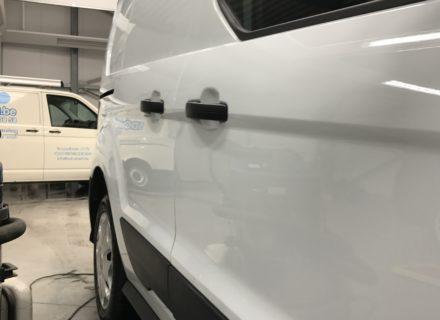 na simoniseren Ford custom