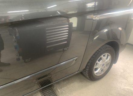 polijsten Ford Custom