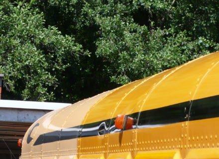 simoniseren paint renovation schoolbus